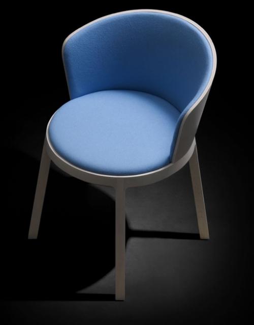 Sillas de diseño Aro de Capdell. Productos de diseño y decoración, accesorios para el hogar, muebles de comedor y salón. DIHWEB La tienda de muebles online