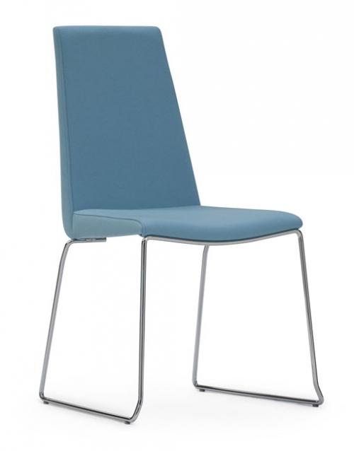 Sillas altas apilables Hol. Productos de diseño y decoración, accesorios para el hogar, muebles de comedor y salón. DIHWEB La tienda de muebles online