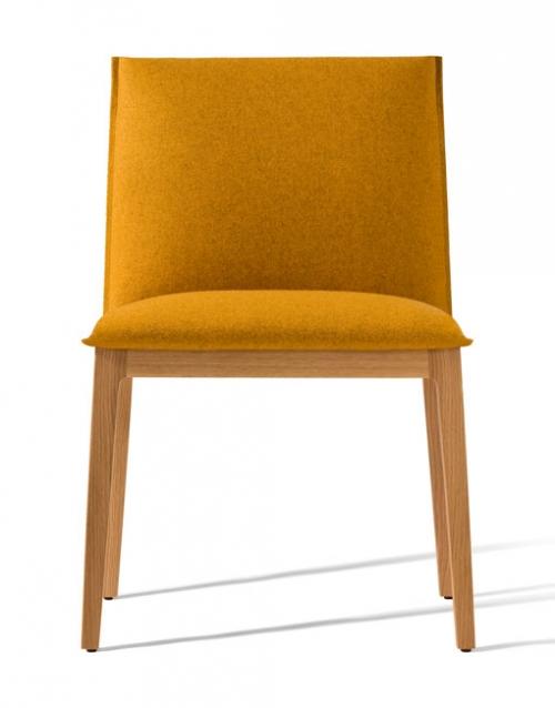 Sillas tapizadas She. Productos de diseño y decoración, accesorios para el hogar, muebles de comedor y salón. DIHWEB La tienda de muebles online