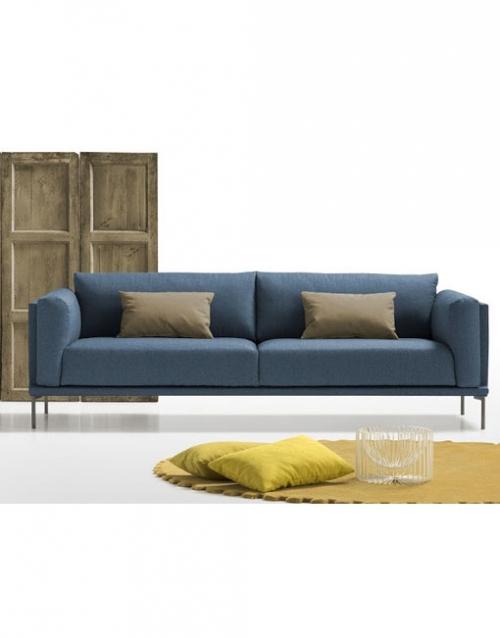 Sofa nordico Norte. Mobiliario y productos de diseño y accesorios para el hogar, muebles de comedor y salón en la tienda de Designers in-home