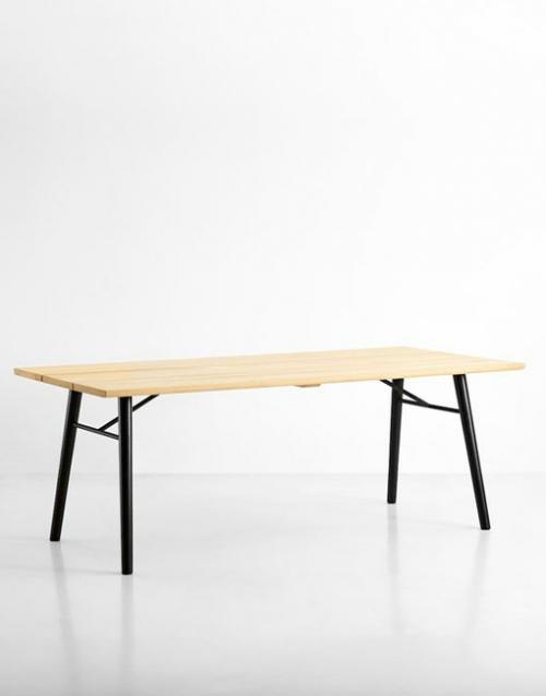 Mesa de comedor. Productos de diseño y decoración, accesorios para el hogar, muebles de comedor y salón en la tienda de Designers in-home