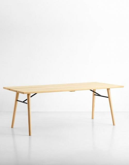 Mesas comedor de madera natural. Productos de diseño y decoración, accesorios para el hogar, muebles de comedor y salón en la tienda de Designers in-home