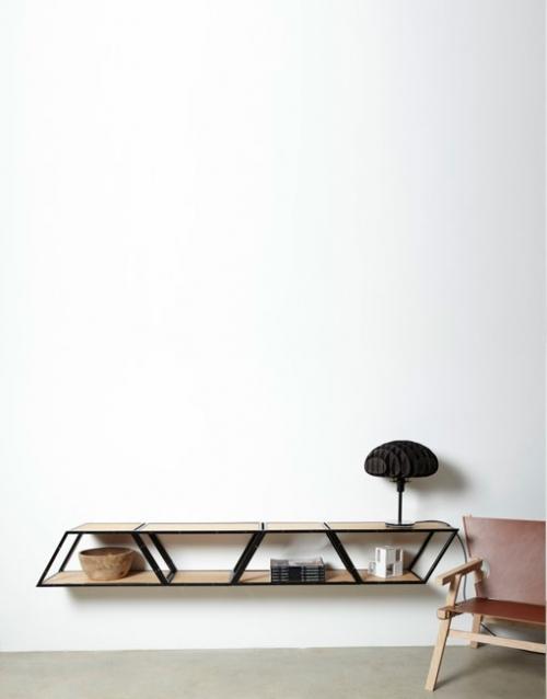 Estanterias de pared Bridge de Gejst. Construye tu estantería con este módulo singular de estilo nórdico. Versatilidad y elegancia para decorar. DIHWEB La tienda de muebles online