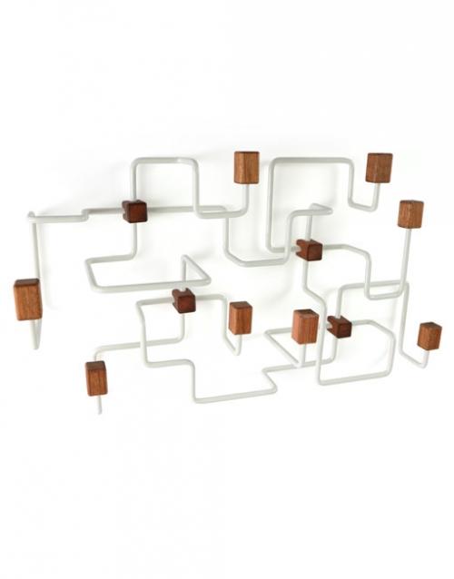 Perchero de pared blanco   DIH La tienda de muebles online