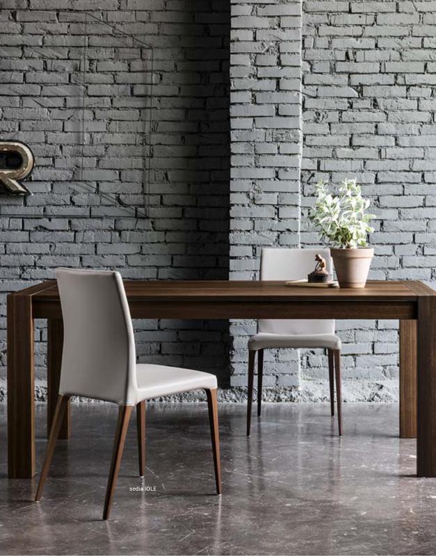 Sillas comedor diseño IOLE DIH | Tienda de decoración online. Productos de diseño y decoración, accesorios para el hogar, muebles de comedor y salón