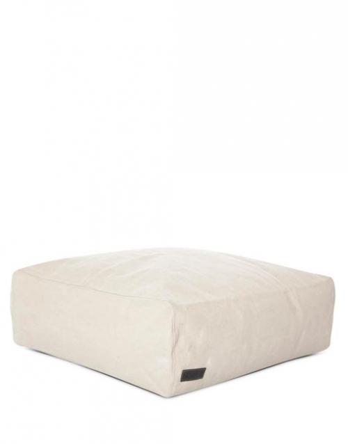 Asiento cuadrado blanco para chill out CLUB, Designers in-home. Productos de diseño y decoración, accesorios para el hogar, muebles de comedor y salón