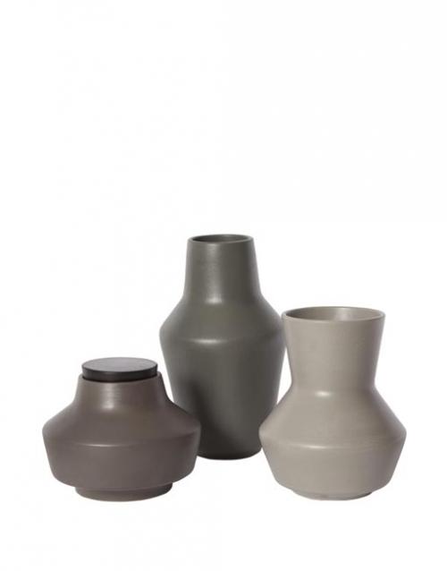 Jarrones ceramicos Fleur. Designers in-home. Muebles y accesorios para el hogar. Productos de diseño y decoración. Diseña tu estilo vida en DIHWEB