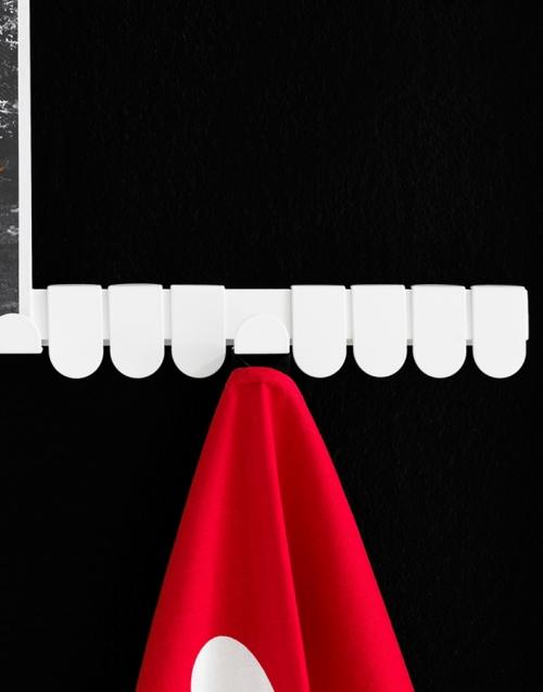 colgador de pared Flipflop KA&S DIHWEB Tienda de decoración online. Productos de diseño y decoración, accesorios para el hogar, muebles de comedor y salón
