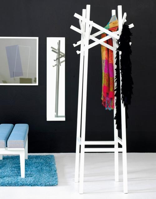 colgador de pie NEST KA&S DIHWEB Tienda de decoración online. Productos de diseño y decoración, accesorios para el hogar, muebles de comedor y salón