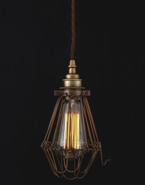 lámpara colgante vintage PRAIA Designers in-home.Muebles de diseño, decoración, accesorios para el hogar. Encuentra tu estilo en tu tienda de decoración