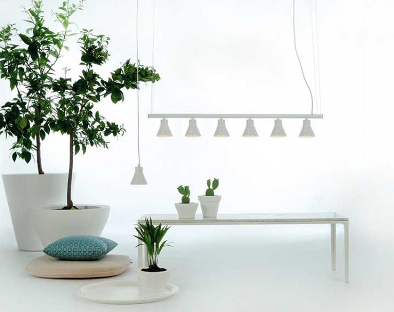 Fambuena: Hugo Tejada. Blog de interiorismo, arte y tendencias, Designers in-home. Bienvenido a DIHWEB.COM Descubre las últimas tendencias en diseño de interior, decoración y muebles.