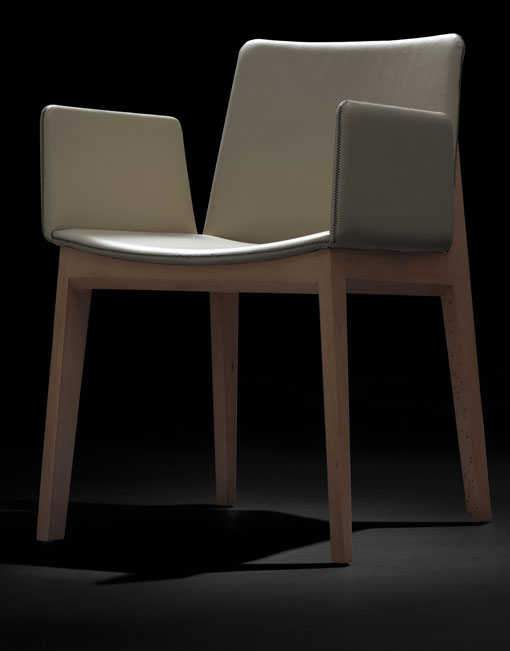 Sillas comedor modernas ava dihweb la tienda de muebles for Sillas de comedor tapizadas modernas