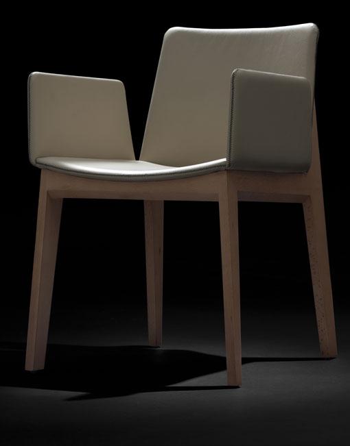 Sillas comedor online elegant packs de sillas online for Sillas modernas baratas