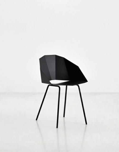 Sillas negras Buk. Mobiliario y productos de diseño y decoración, accesorios para el hogar, muebles de comedor y salón en la tienda de Designers in-home
