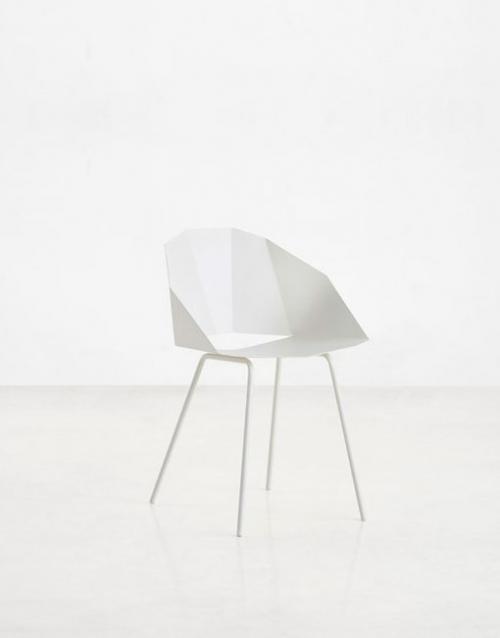Sillas blancas Buk. Mobiliario y productos de diseño y decoración, accesorios para el hogar, muebles de comedor y salón en la tienda de Designers in-home