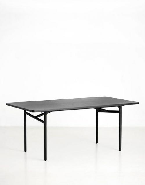 Mesas de diseño negras Diagonal | DIH La tienda de muebles online. Productos de diseño y decoración, accesorios para el hogar, muebles de comedor y salón