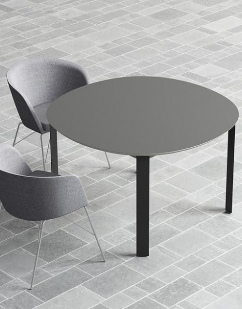 Mesas modernas de comedor de Capdell. Muebles de oficina y del hogar, diseño y decoración en la tienda de muebles de Designers in-home