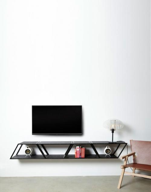 Estanteria de pared Bridge en negro de Gejst. Construye tu estantería con este módulo singular de estilo nórdico. Versatilidad y elegancia para decorar. DIHWEB La tienda de muebles online