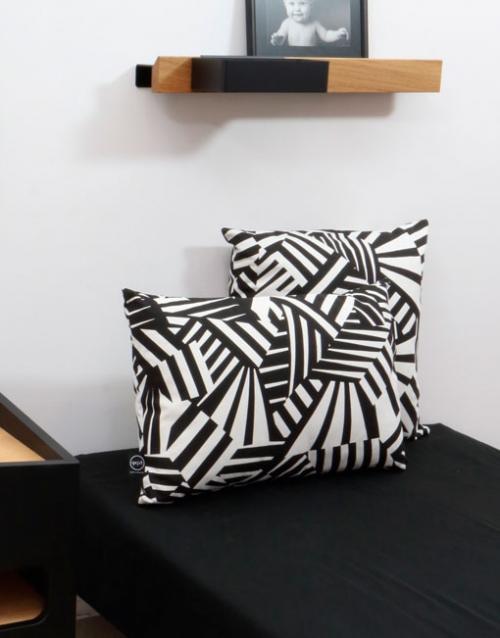 Cojín molón de camuflaje Razzle Dazzle. DIHWEB.COM | Tienda de decoración online. Productos de diseño y decoración, accesorios para el hogar, muebles de comedor, salón, dormitorio y mobiliario de exterior