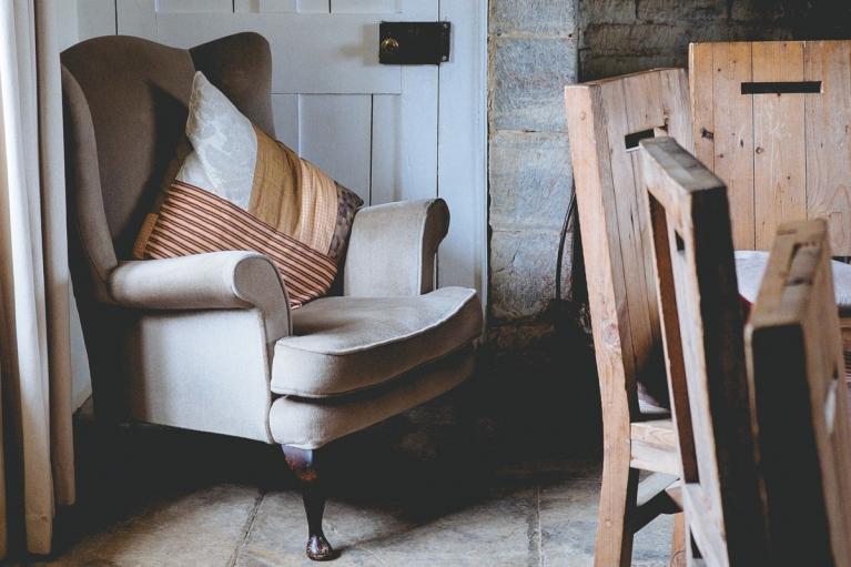 """Sillón relax Los 10 """"indispensables"""" para hacer tu hogar confortable. Blog de interiorismo, arte y tendencias, Designers in-home. Bienvenido a DIHWEB.COM Descubre las últimas tendencias en diseño de interior, decoración y muebles."""