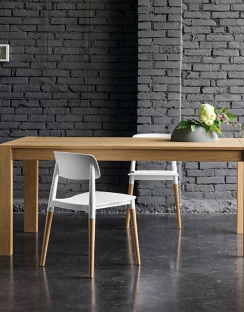 Sillas blancas comedor ADA. DIH | Tienda de decoración online. Productos de diseño y decoración, accesorios para el hogar, muebles de comedor y salón