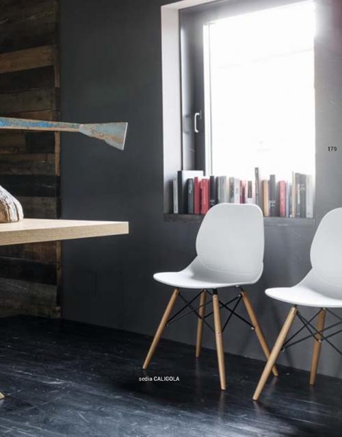 Sillas para comedor CALIGOLA. DIH | Tienda de decoración online. Productos de diseño y decoración, accesorios para el hogar, muebles de comedor y salón