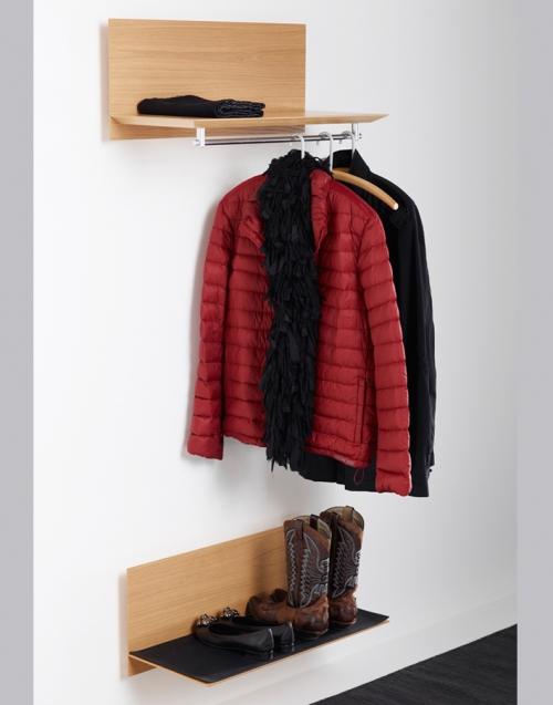 Perchero nordico de madera dih la tienda de muebles online - Colgador de ropa de pie ...