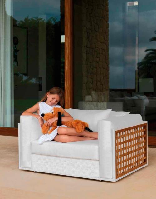 Muebles de Jardín Lily. Designers in-home. Muebles de diseño y decoración, accesorios para el hogar. Encuentra estilo en tu tienda de decoración