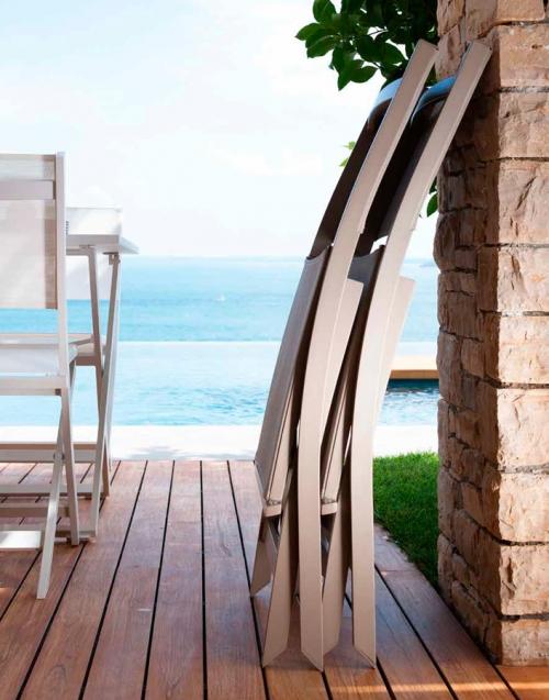 Silla de Terraza Queen. Designers in-home. Muebles de diseño y decoración, accesorios para el hogar. Encuentra estilo en tu tienda de decoración