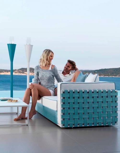 Muebles de exterior Lily. Designers in-home. Muebles de diseño y decoración, accesorios para el hogar. Encuentra estilo en tu tienda de decoración