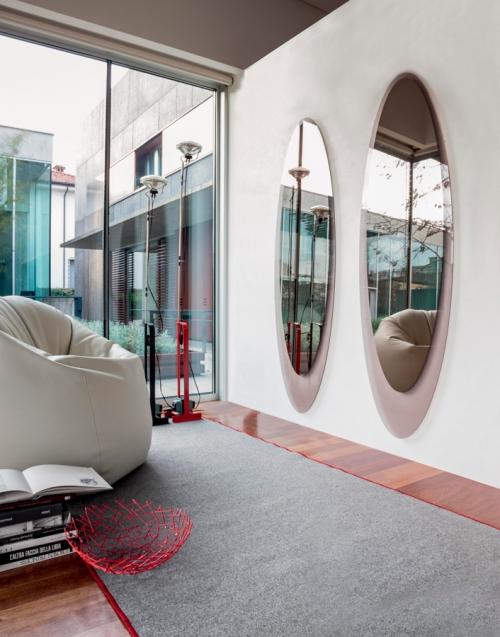 Espejo ovalado olmi Designers in-home. Muebles de diseño y decoración, accesorios para el hogar. Encuentra estilo en tu tienda de decoración