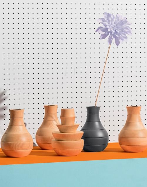 Florero original Toy Designers in-home. Muebles de diseño y decoración, accesorios para el hogar. Encuentra estilo en tu tienda de decoración