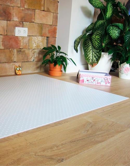 Alfombra de puntos Designers in-home. Muebles de diseño y decoración, accesorios para el hogar. Encuentra estilo en tu tienda de decoración
