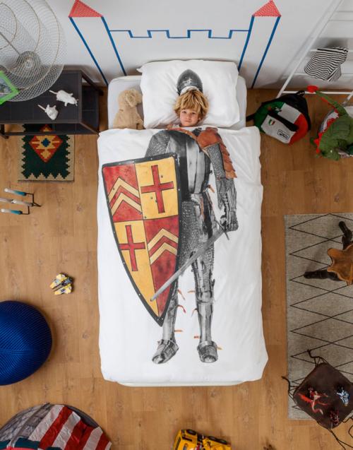 Funda Nórdica Caballero de Snurk Designers in-home. Muebles de diseño y decoración, accesorios para el hogar. Encuentra estilo en tu tienda de decoración