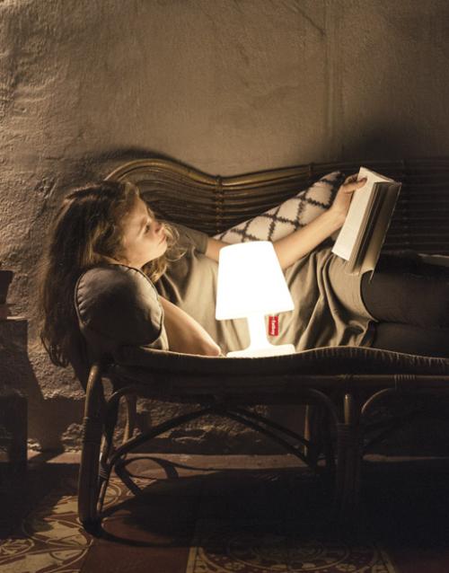 Lámpara portátil Edison the petit. DIH | Tienda de decoración. Productos de diseño y decoración, accesorios para el hogar, originales para regalo