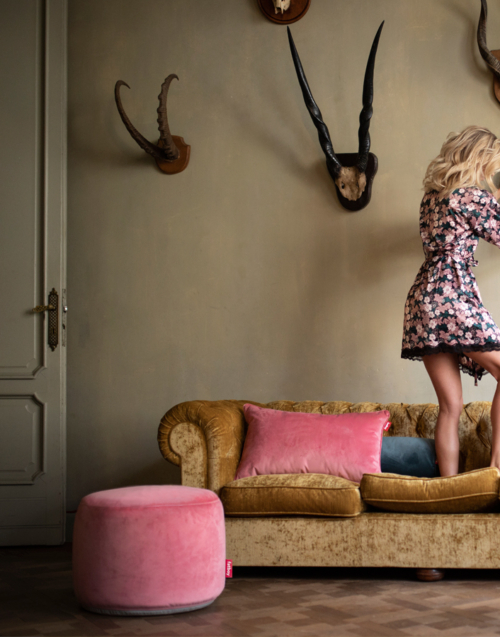 Puf redondo point velvet Designers in-home. Muebles de diseño y decoración, accesorios para el hogar. Encuentra estilo en tu tienda de decoración