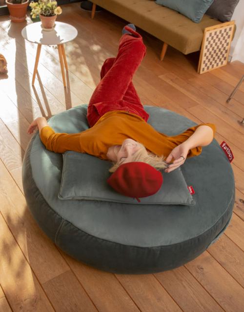Pufs pupillow velvet Designers in-home. Muebles de diseño y decoración, accesorios para el hogar. Encuentra estilo en tu tienda de decoración