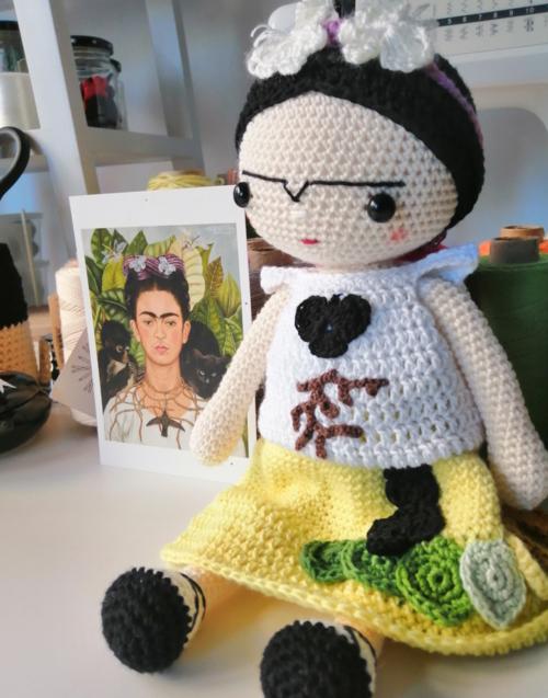 Frida espinas y colibrí Designers in-home. Amigurumis Muebles de diseño y decoración, accesorios para el hogar. Encuentra estilo en tu tienda de decoración