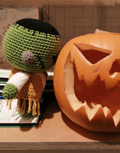 Herman peluche crochet Designers in-home. Muebles de diseño y decoración, accesorios para el hogar. Encuentra estilo en tu tienda de decoración