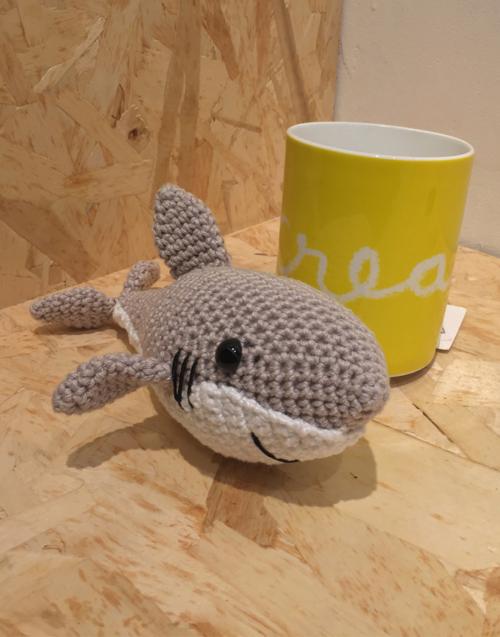 Tiburón pequeño Designers in-home. Muebles de diseño y decoración, accesorios para el hogar. Encuentra estilo en tu tienda de decoración